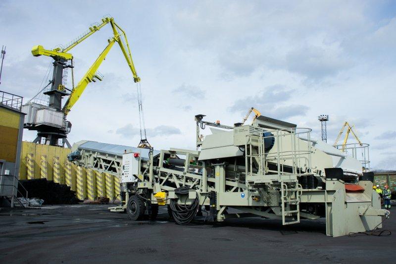 Новая современная техника поступила в Торговый порт Мурманска