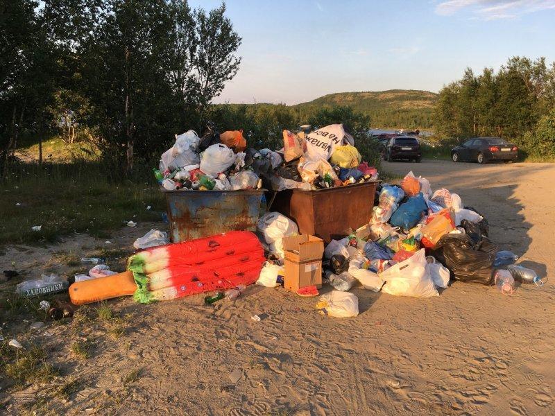 «Курорт Санта-Ура» забросали мусором в Мурманской области