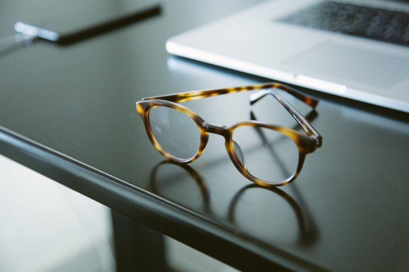 Украл очки у пенсионерки житель Печенгского района
