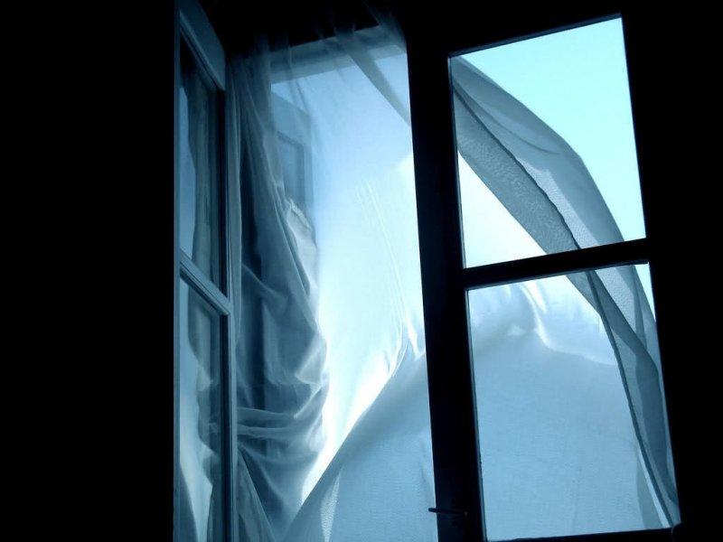 Сломал позвоночник прыгнувший от испуга в окно апатитчанин