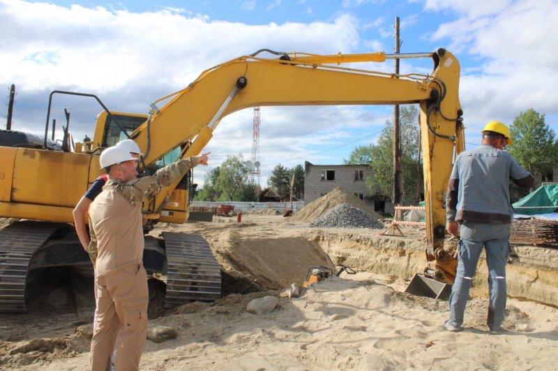 В активной фазе строительство общежития в Алакуртти