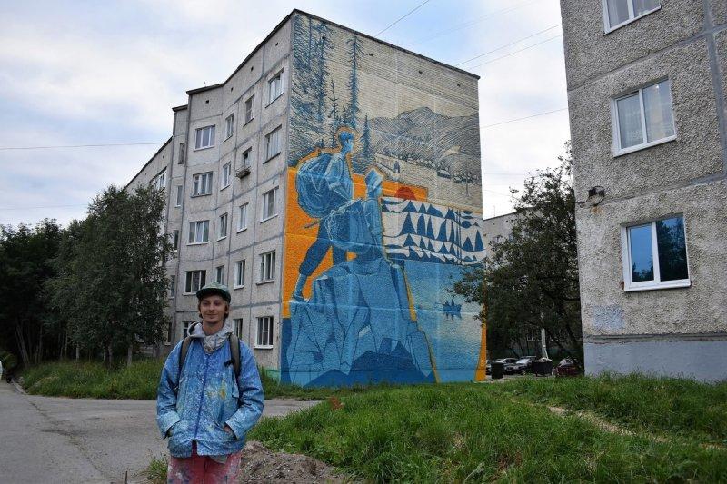 Новым подарком от Андрея Малахова любуются жители Апатитов
