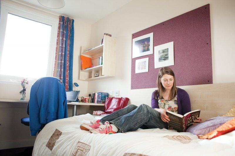 В общежития только со справкой - новые правила для студентов в Заполярье