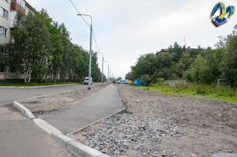 На мусор жалуются жители Инженерной в Мурманске