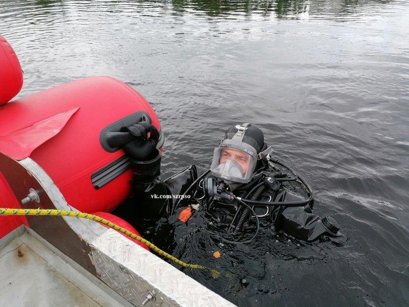 Ищут тело утонувшего рыбака в реке Туломе