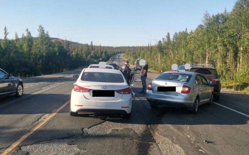 Пять машин столкнулись в Мончегорском районе