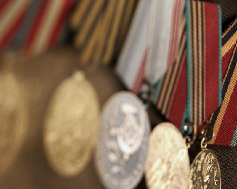 Ветеранские медали украла и продала женщина в Мурмашах