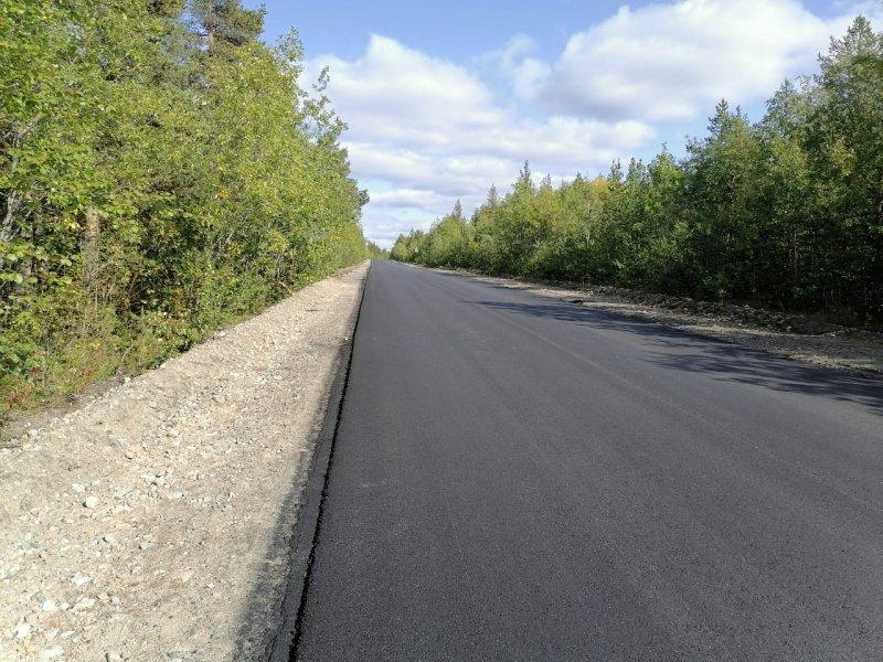 Ремонт из будущего: дорогу Оленегорск-Ловозеро начали ремонтировать уже сейчас
