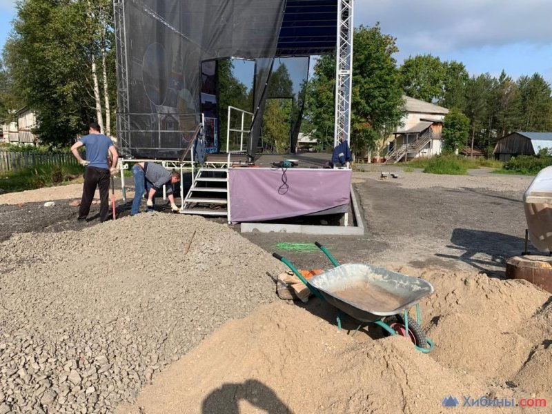 Подрядчики сорвали сроки ремонта сквера и дворов в рамках нацпроекта в Зеленоборском