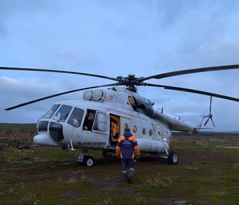 Вертолетом вывезли пострадавшего туриста с Рыбачьего