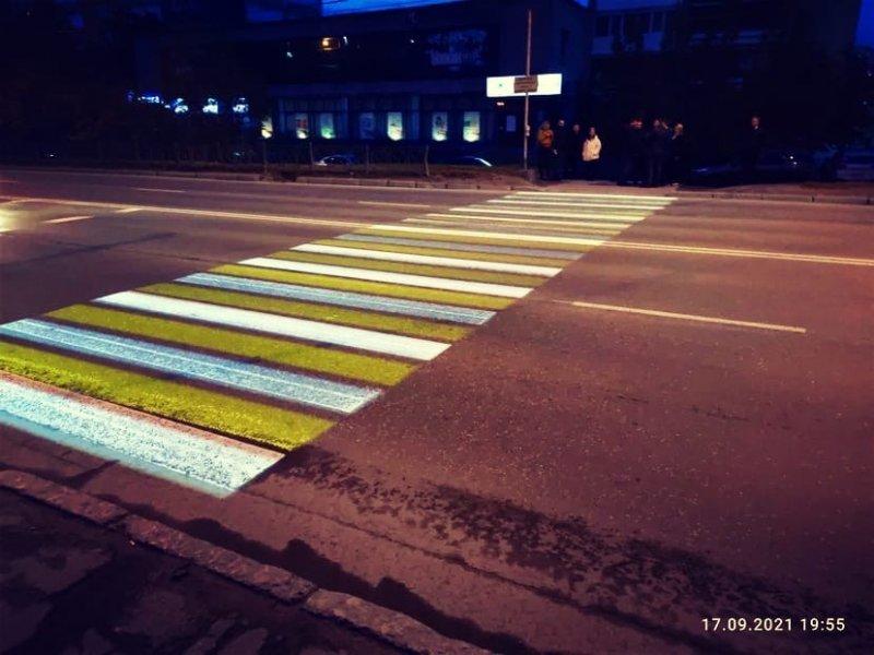 Первый проекционный пешеходный переход появился в Мурманске