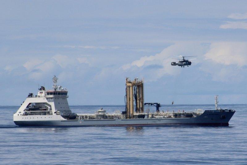 У берегов Африки спасательное учение провел отряд Северного флота