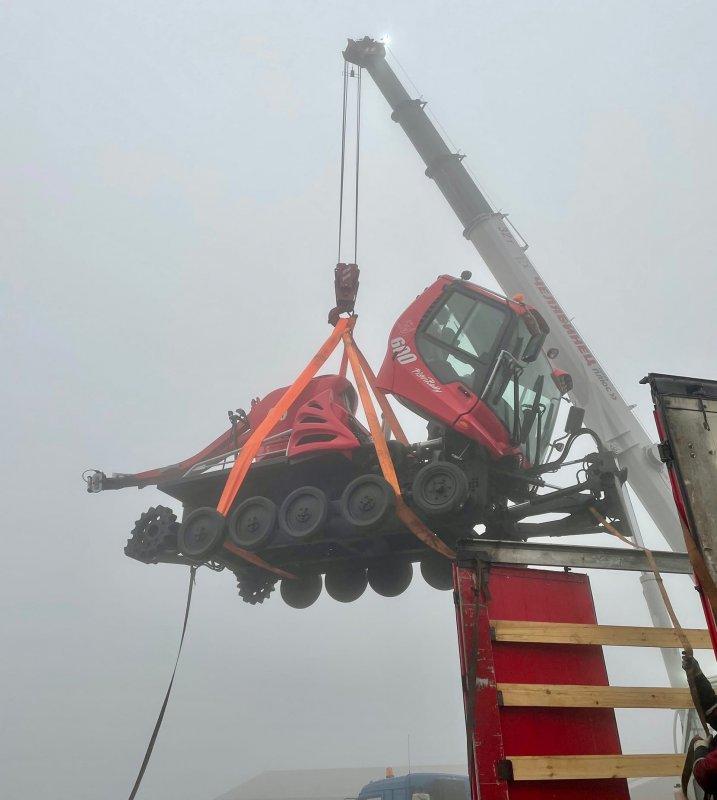 «Летал» новый ратрак на горнолыжном склоне Кировска