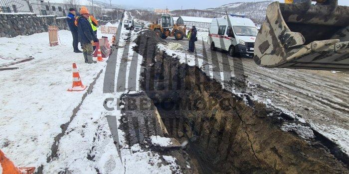 Насмерть завалило землей коммунальщика в Североморске