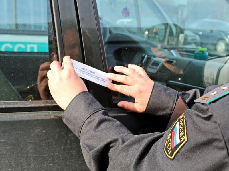 Продал арестованную машину житель Апатитов